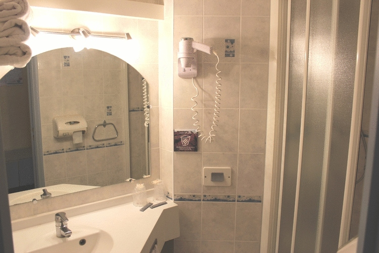 5 Salle de bain privative