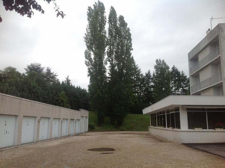 H tel l 39 horme contact h tel vulcain for Garage tardy saint etienne